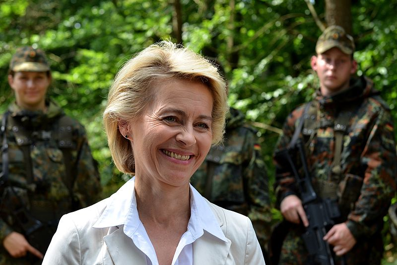 Vonderleyen_2014_bundesverteidigungsministerin.jpg